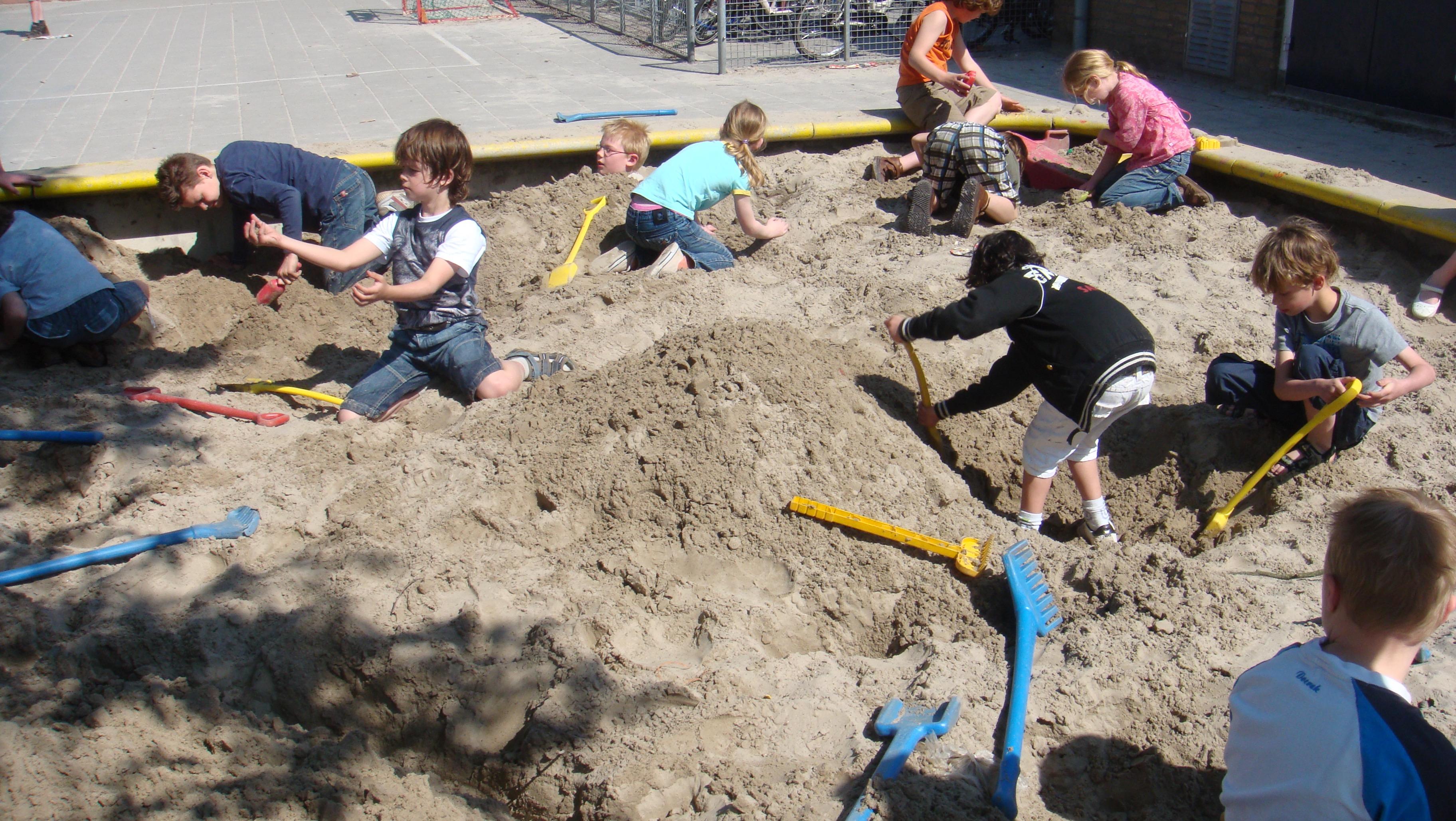 Foto's bouw Boekelo en Fidesserrie april 2009, 2 104